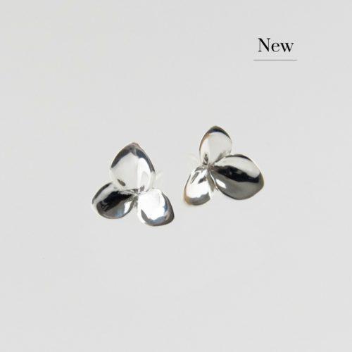 Image of Silver Hortensia Blossom Earrings New