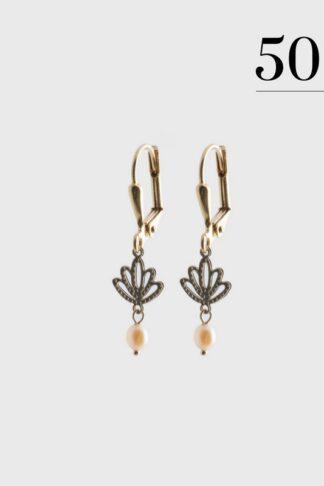 Lotus with drop pearl earrings gold