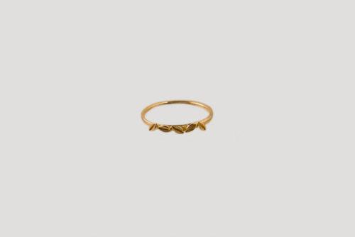 Fallen leaf ring gold