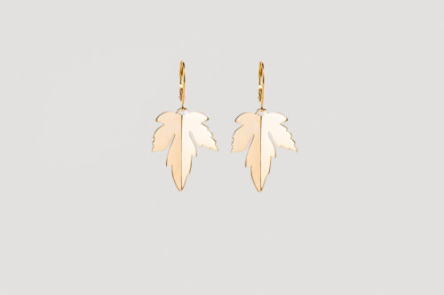 Dutch maple earrings gold