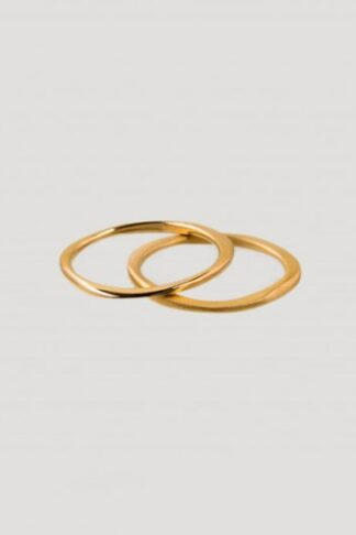 Gold sustainable ethical conscious bridal infinity twin ring set